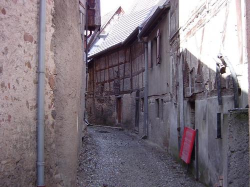 http://images42.fotosik.pl/124/5cc820bdcb68fcb0med.jpg