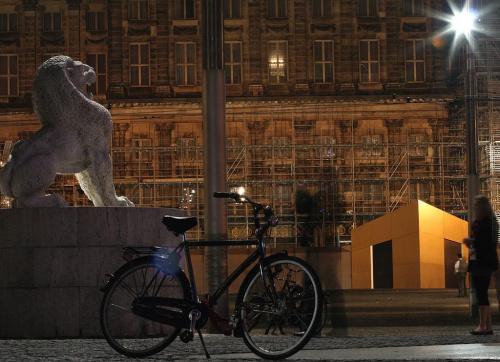 20:38 -oczekiwanie- #Amsterdam