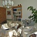 #salon #PokójJasny #oliwka #PastelowaOrchidea #biblioteczka #StylAngielski