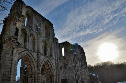 Ruiny Jana ;) #chmury #niebo #ruiny #słońce #śnieg #zima